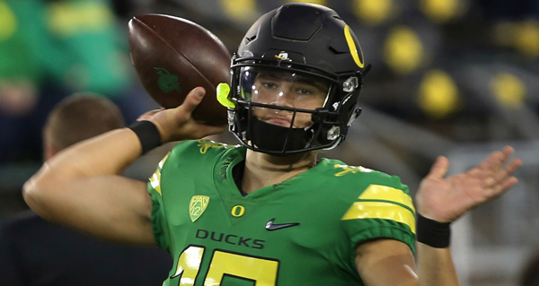 Justin Herbert Staying in College Turns NFL Draft Upside Down